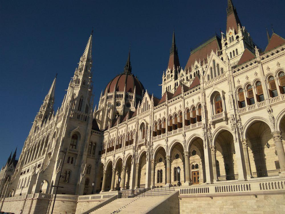 Парламент в Будапешті дуже ок