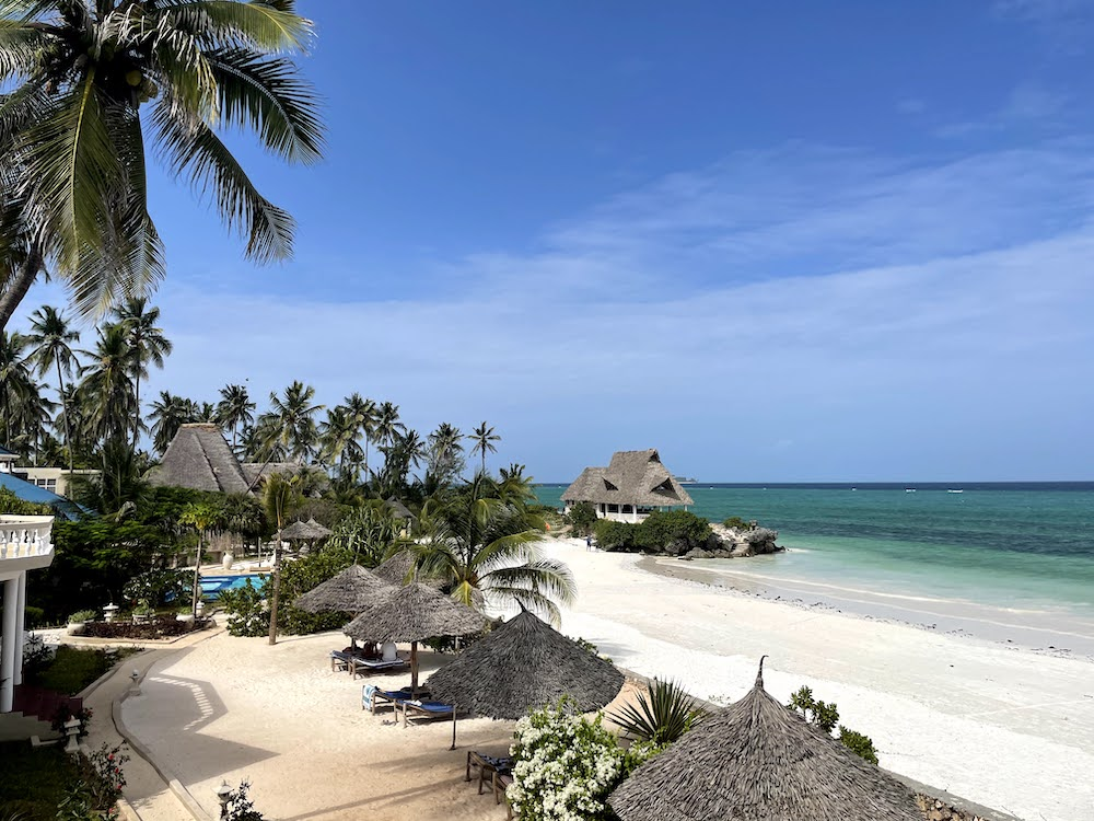 Вигляд з вікна в готелі Jafferji Beach Retreat